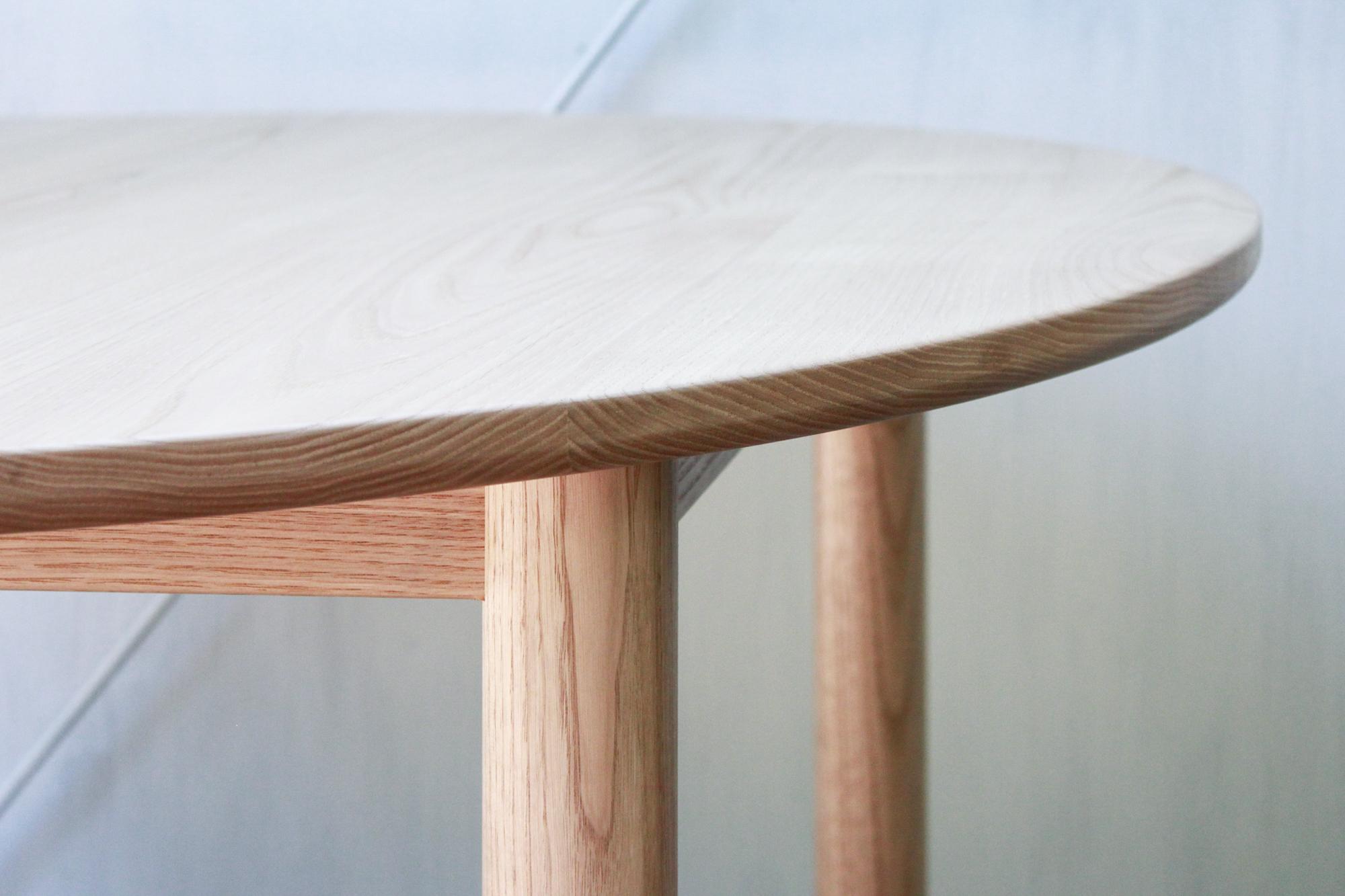 ラウンドテーブル-3Fweb03